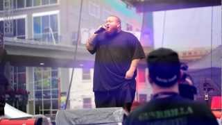Action Bronson & The Alchemist - Untitled (Live @ Toronto)