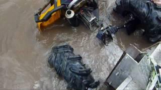 getlinkyoutube.com-Can Am 40 Feet Deep in MS River - Soggy Bottom Boyz