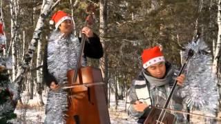 "getlinkyoutube.com-Mongolian Horse Head Fiddle Musical Instrument  ""Jingle Bells"""
