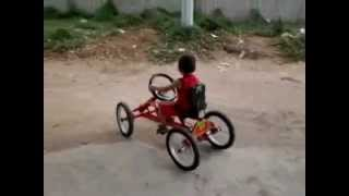 getlinkyoutube.com-como hacer un cuatriciclo casero a pedal  (home made car)riohacha colombia