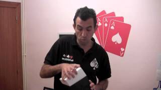 getlinkyoutube.com-Truco de magia revelado - Levitando objetos