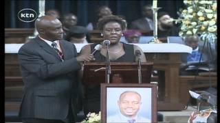 getlinkyoutube.com-Fidel Odinga's sister eulogising him at funeral service