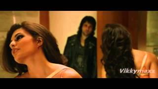 getlinkyoutube.com-Must Watch | Jacqueline Fernandez Hot Kiss & Love Making Scene 720p & 1080p HD