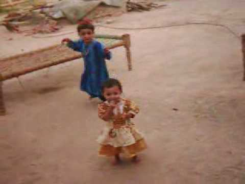 kohat girl danceing.wmv