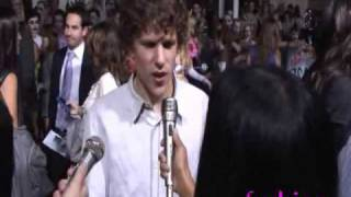 getlinkyoutube.com-Zombieland premiere w/ Emma Stone & Jesse Eisenberg