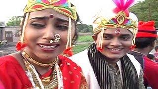 getlinkyoutube.com-Jarichi Sari Nesun Ga - Marathi Koli Song