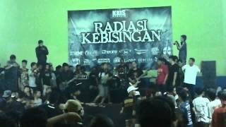 getlinkyoutube.com-Breath of Despair - Declaration of Total War (live at Radiasi Kebisingan)