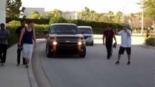 getlinkyoutube.com-Chris Brown at a Mall in Orlando