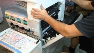 getlinkyoutube.com-como limpiar el sensor de toner de una Ricoh MPC 2550