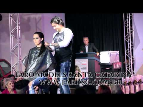 Desfile Resort Plaza Itapema 12