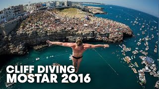 getlinkyoutube.com-High Precision Diving in Polignano a Mare   Cliff Diving World Series 2016