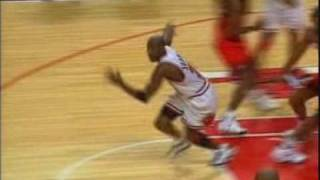 getlinkyoutube.com-Michael Jordan - Top 10 Buzzer Beaters