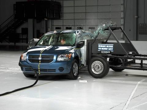 2007 Dodge Caliber side impact test