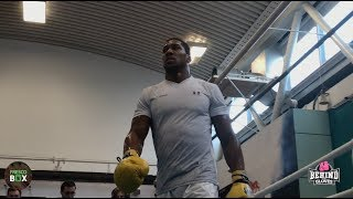 ANTHONY JOSHUA REVEALS WEIGHT LOSS/LEAN PHYSIQUE AHEAD OF UNIFICATION FIGHT VS. PARKER