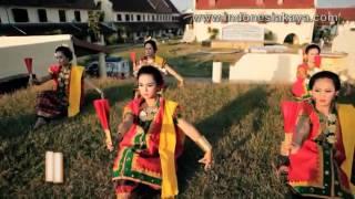 getlinkyoutube.com-Tari Kipas Pakarena   Tari Tradisional Sulawesi Selatan