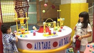 getlinkyoutube.com-indoor playground ラグナシア ボールプール キャンディーファクトリー おでかけ LAGUNA TEN BOSCH Ball pool
