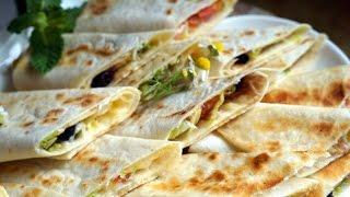 getlinkyoutube.com-سندويتشات الصاج اكلة شعبية معجنات و مملحات Saj Sandwiches Street Food