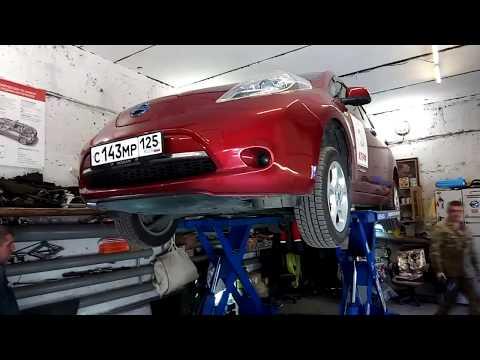 Замена масла в редукторе Nissan Leaf