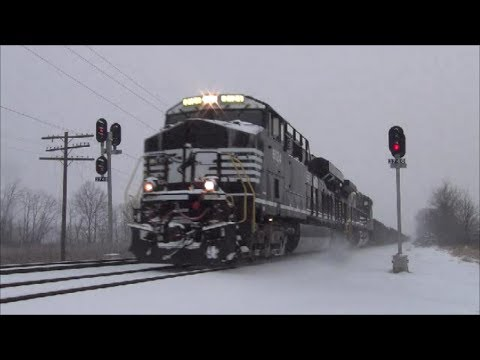 A few Norfolk Southern Trains at Latty Runnion and Thomas Rd