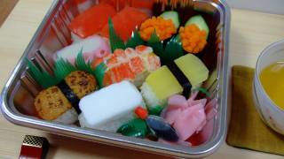 getlinkyoutube.com-Trick Recipes: FAKE SUSHI BENTO The sushi,it is not a sushi なんちゃって 寿司