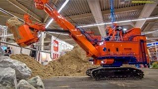 getlinkyoutube.com-RC excavator EXTREME! 1.400 ton R/C construction machine at work!