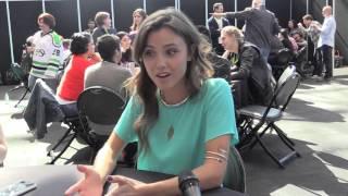 getlinkyoutube.com-Comic Uno NYCC 2015 Interview with Poppy Drayton from the Shannara Chronicles