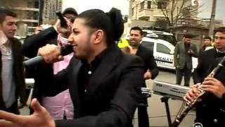 getlinkyoutube.com-Florin Salam a cantat la un accident auto