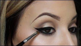 getlinkyoutube.com-How To: Winged Eyeliner