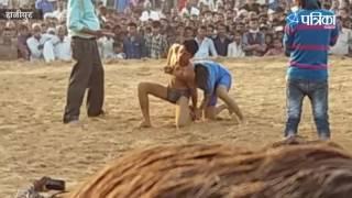 Amazing Wrestling Video | Jal Vihar Mahotsav | Fought between girl and boy Wrestler
