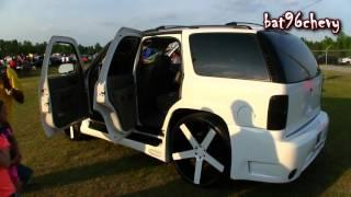 "getlinkyoutube.com-White Chevy Tahoe on 30"" DUB Baller Wheels, 4 15's LOUD System - 1080p HD"