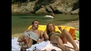 Download video un gars une fille et leur femme de m nage for Un gars une fille dans la salle de bain
