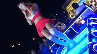 getlinkyoutube.com-Laem Chabang Car Audio Show with Coyote Dancers 2014 File 11