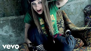 getlinkyoutube.com-Avril Lavigne - Sk8er Boi