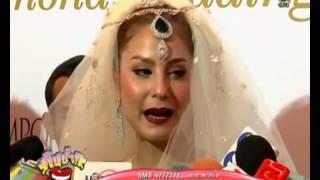 getlinkyoutube.com-ขวัญ อุษามณี เดินแบบชุดเครื่องเพชร ในงาน diamond wedding anniversary celebration
