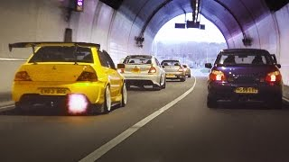 Mitsubishi Evo tunnel run - LOUD sounds and Accelerations