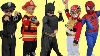 getlinkyoutube.com-Kids Costume Runway Show Power Rangers Superheroes Disney Marvel Dress Up Fun Ckn Toys