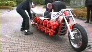 getlinkyoutube.com-moto 24 cilindros.flv