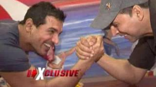 getlinkyoutube.com-Akshay Kumar & John Abraham promote Desi Boyz