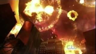 getlinkyoutube.com-Smallville Finale: Clark Saves The Earth