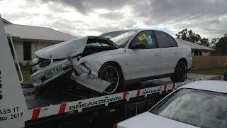 getlinkyoutube.com-Dash Cam Car crash fail (Uniden iGO c600 300 600 1080P)