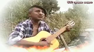 getlinkyoutube.com-Очень красиво поёт цыган песню Ведьма-Шалунья под гитару