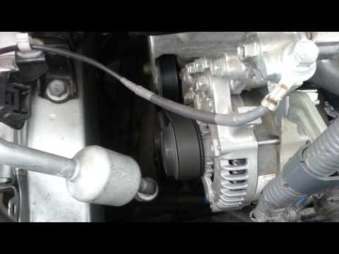 Станный звук двигателя Тойота королла 1,33