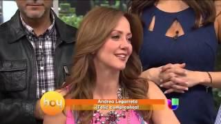 getlinkyoutube.com-Andrea Legarreta está de cumpleaños y lloró de la emoción