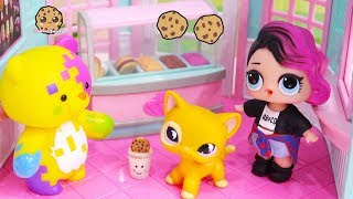 LOL Surprise Doll Cries Over Ice Cream - Cookie Swirl Toy Play Video width=