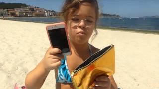 getlinkyoutube.com-¿Qué llevo en mi bolsa de la playa o piscina?