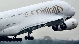 """getlinkyoutube.com-Emirates / Airbus a380 """"SuperJumbo"""" Takeoff on a Wet rwy at Manchester (Full HD1080p)"""