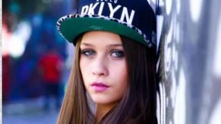 getlinkyoutube.com-Flavia Pavanelli