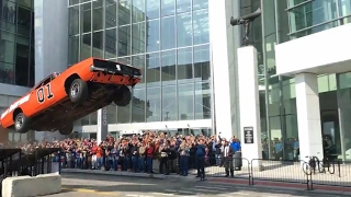 Spectacular General Lee stunt jump in Detroit
