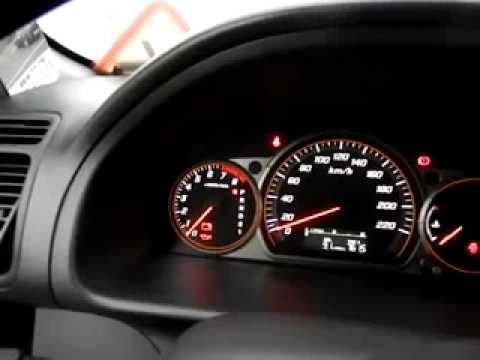 Где находится педаль тормоза у Peugeot 108