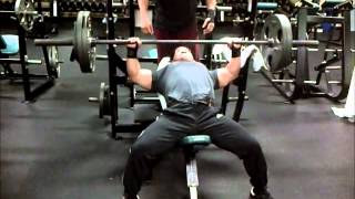 Incline Bench Machine